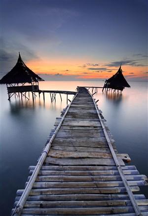 高清海邊棧橋風景圖片