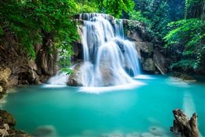 高清唯美瀑布風景圖片