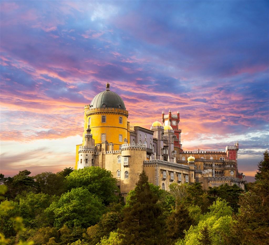 神秘歐洲古堡城堡高清圖片