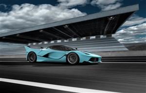 赛车场内的浅蓝色跑车高清摄影