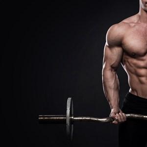 正在健身的男子高清攝影圖片